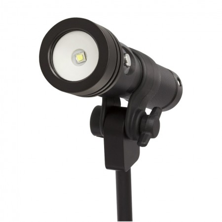 Clip for easy system setup for the BigBlue AL1200XWP II Light
