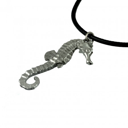 collier-hippocampe-étain-made-in-canada