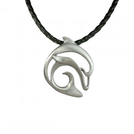pendant-dolphin-pewter-made-in-canada